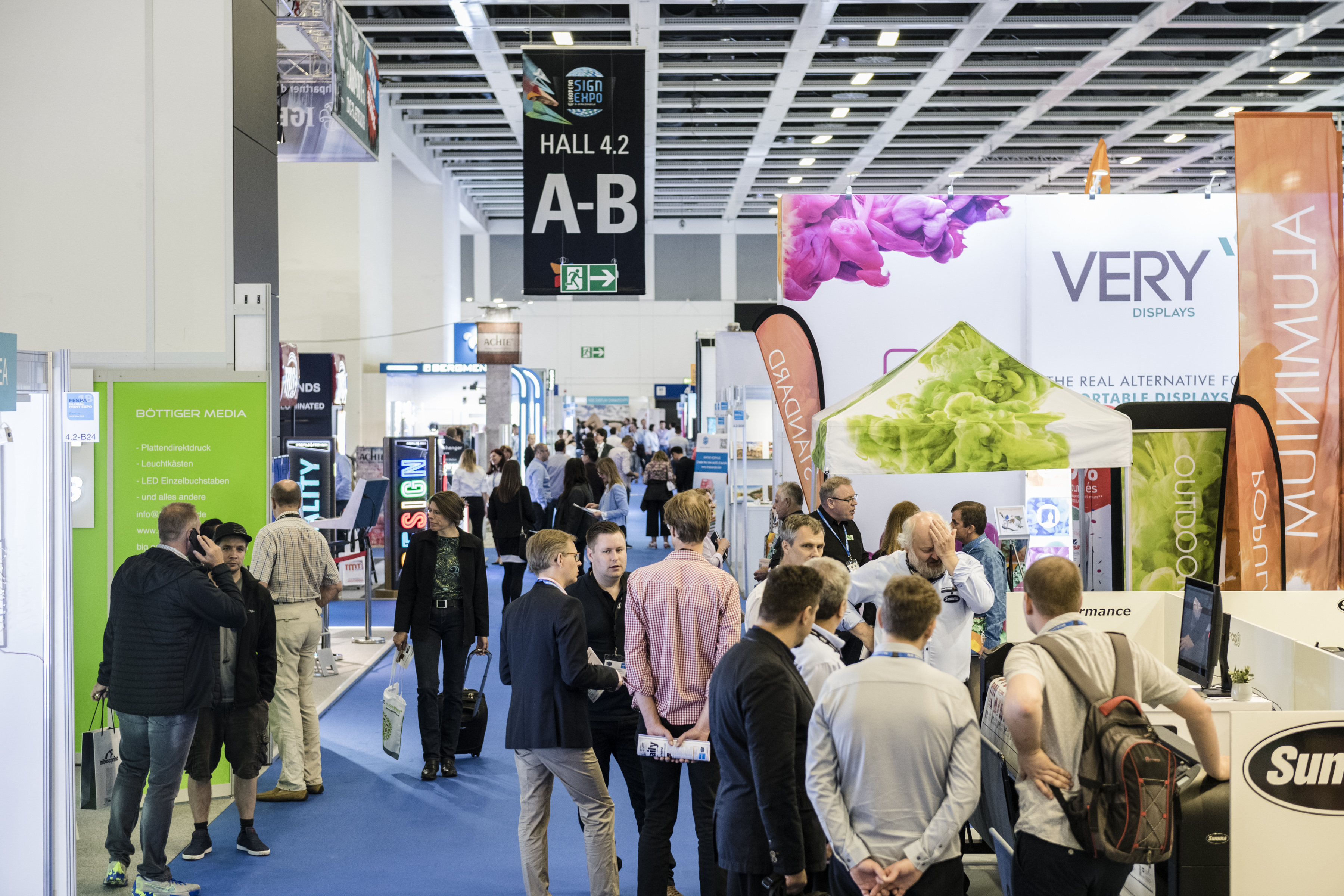 Explore The Possibilities In Non-Printed Signage At European Sign Expo 2019