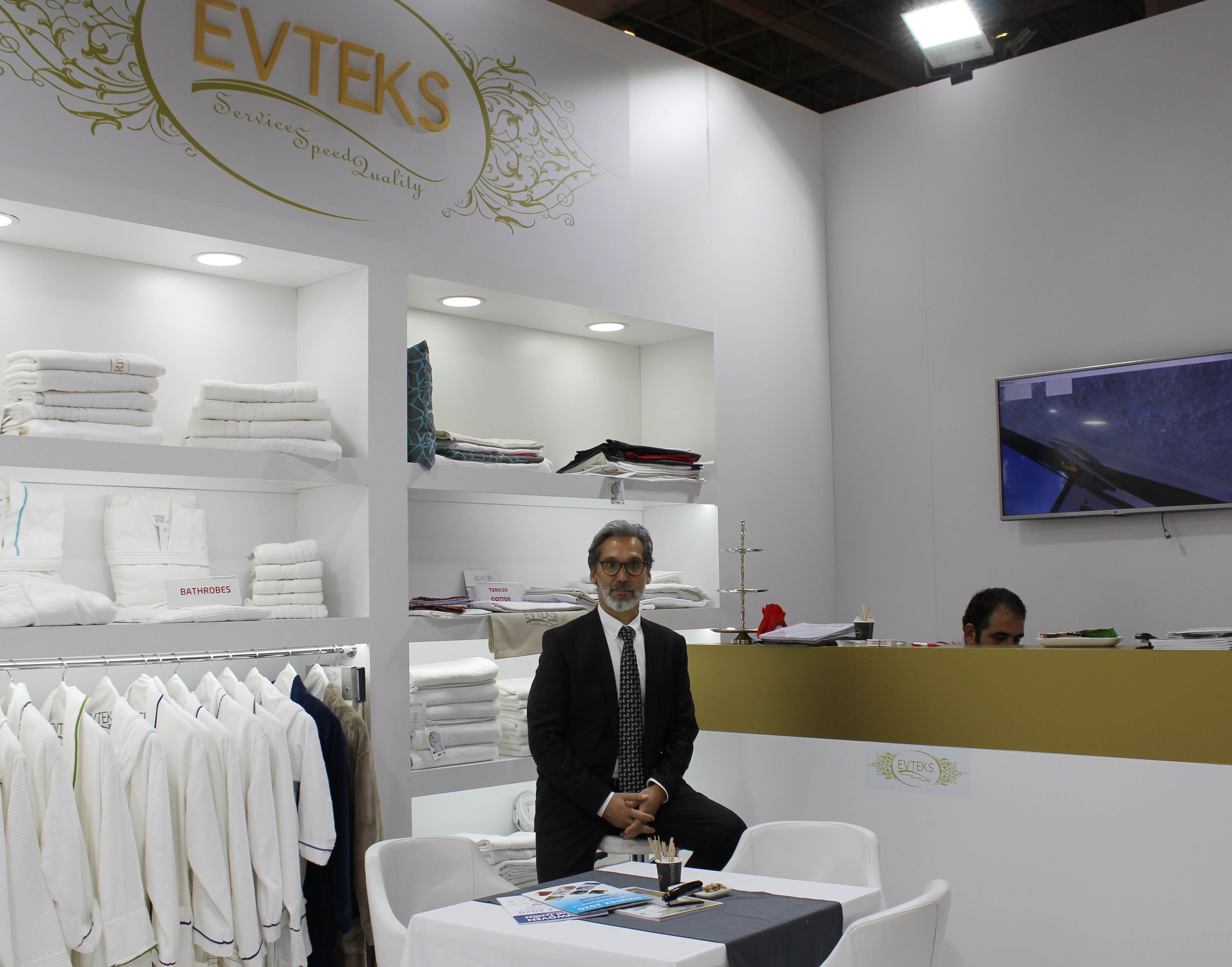 Evteks and Dakotek Break Grounds in Textiles